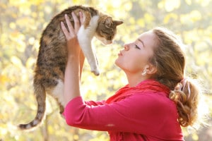 young-attractive-girl-with-cat-L